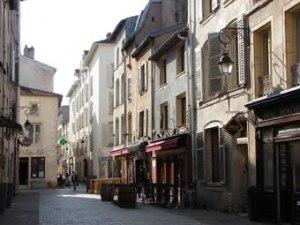 rue-primatiale1